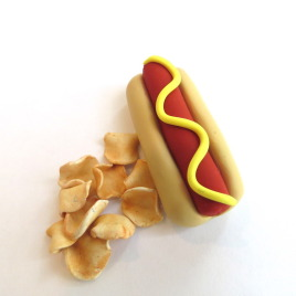 Hot Dog & Chips – American Girl Doll Dinner